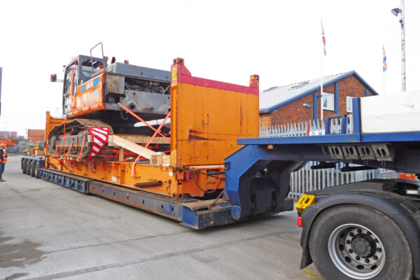 Agricultural plant equipment on a flat rack