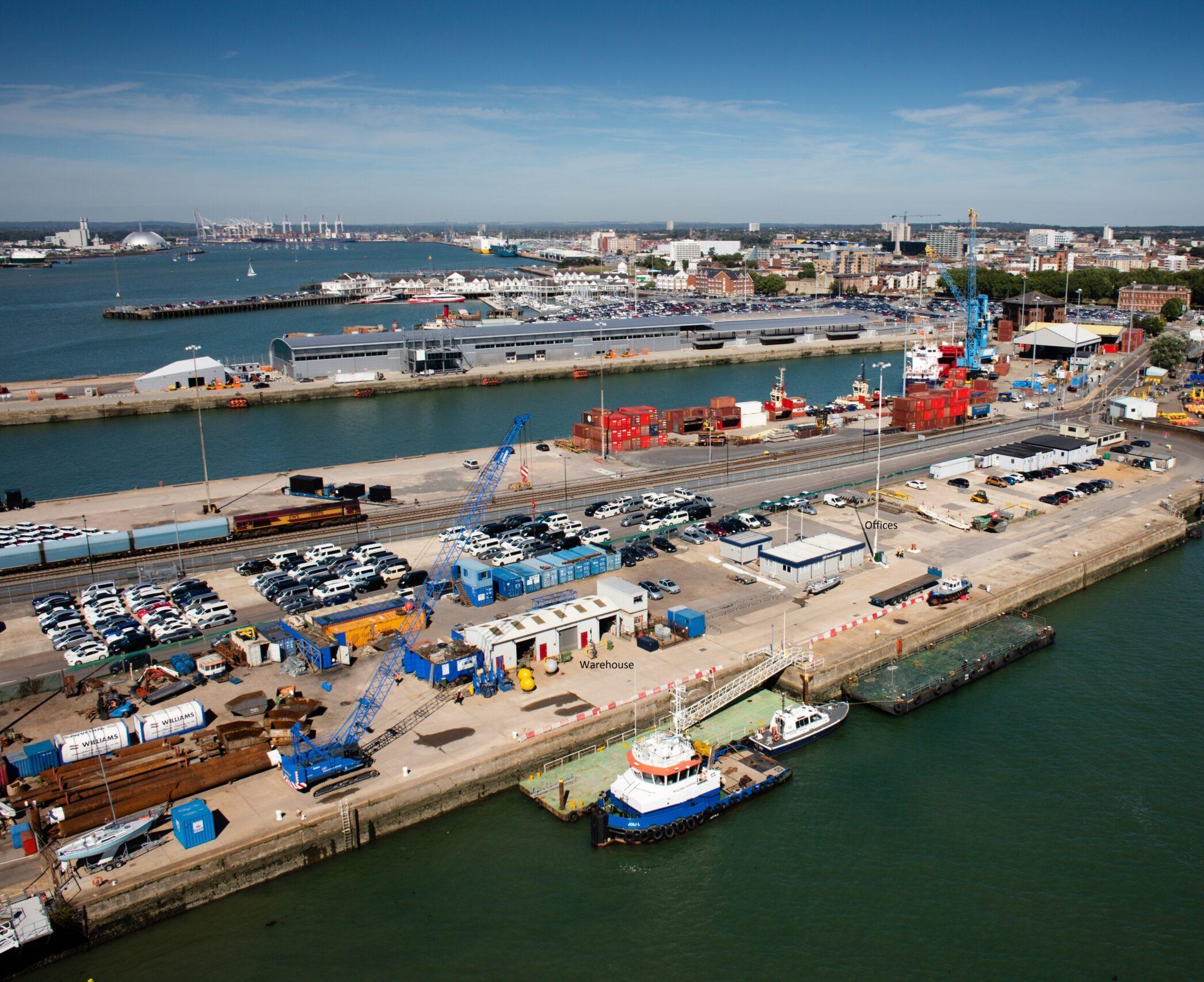 berth_in_Southampton_Port
